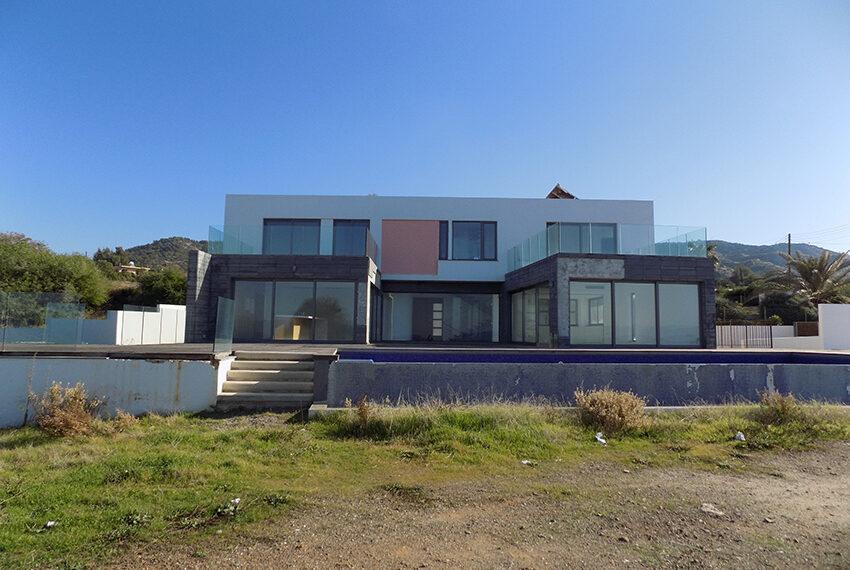 Modern beach villa for sale in Cyprus Pomos _4