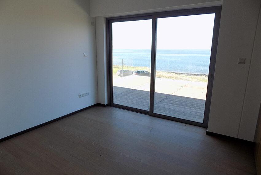 Modern beach villa for sale in Cyprus Pomos _16