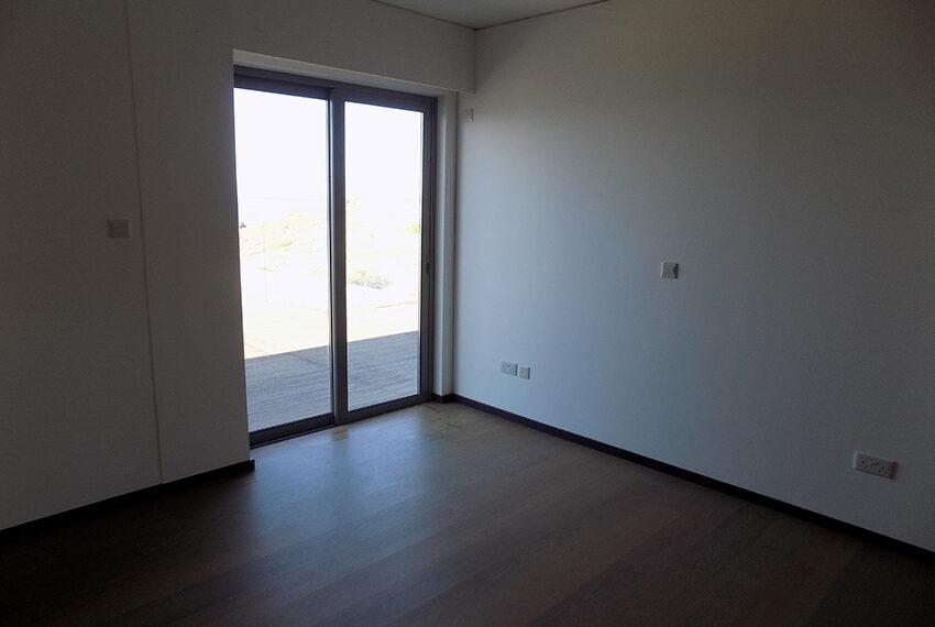 Modern beach villa for sale in Cyprus Pomos _19