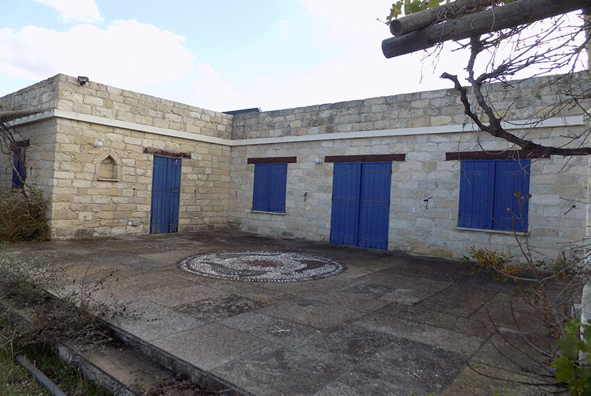 3 bedroom stone villa for sale in Arkudelia_3