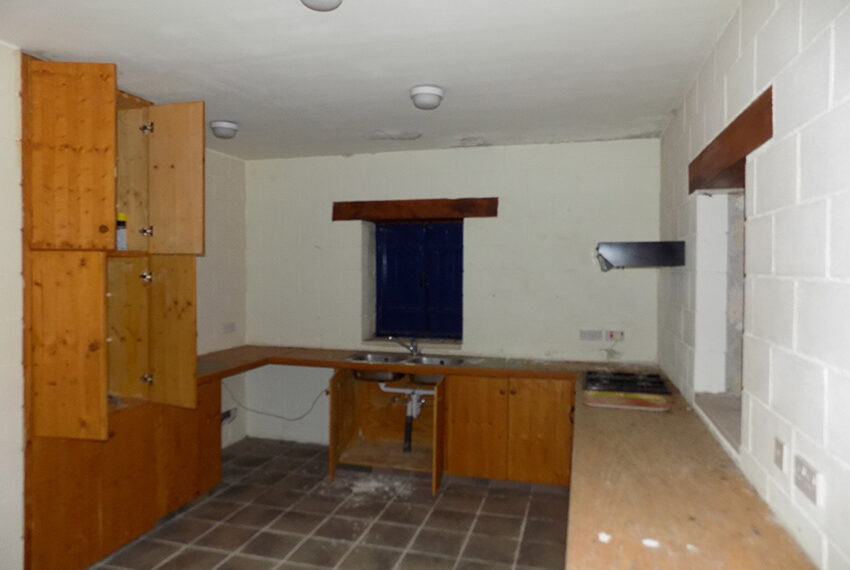 3 bedroom stone villa for sale in Arkudelia_11