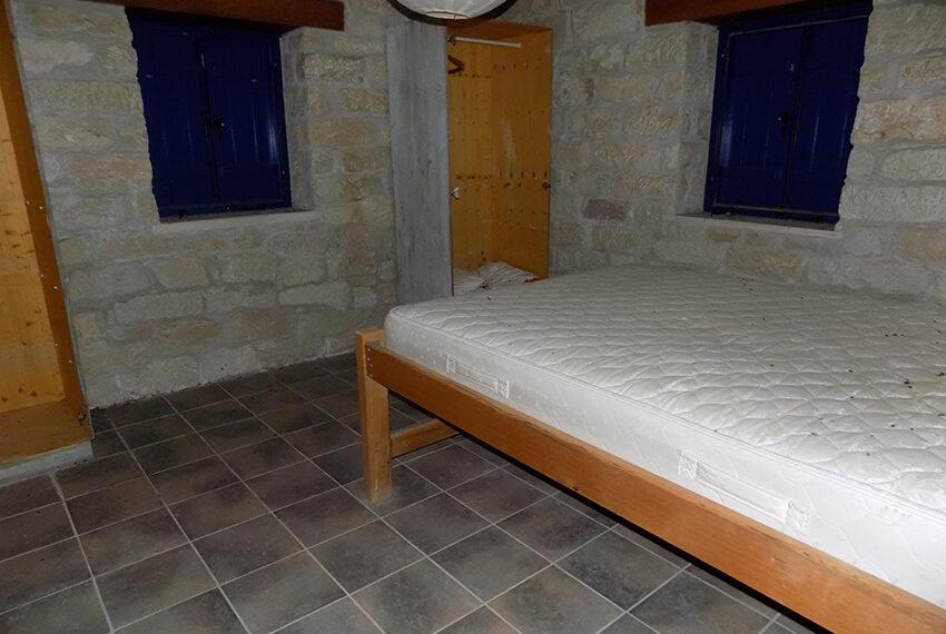 3 bedroom stone villa for sale in Arkudelia_14