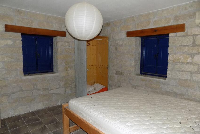 3 bedroom stone villa for sale in Arkudelia_15