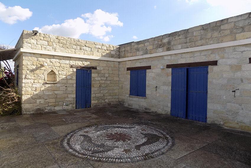 3 bedroom stone villa for sale in Arkudelia_16