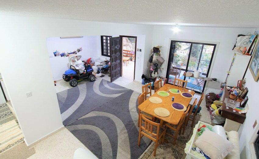3 bedroom villa for rent long term Kamares village Paphos_2