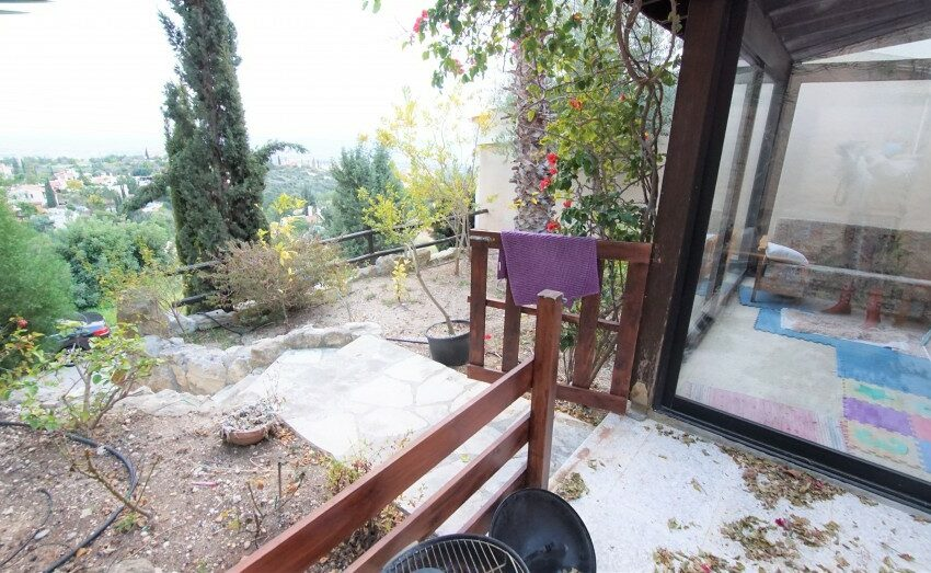 3 bedroom villa for rent long term Kamares village Paphos_10