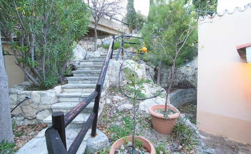 3 bedroom villa for rent long term Kamares village Paphos_11