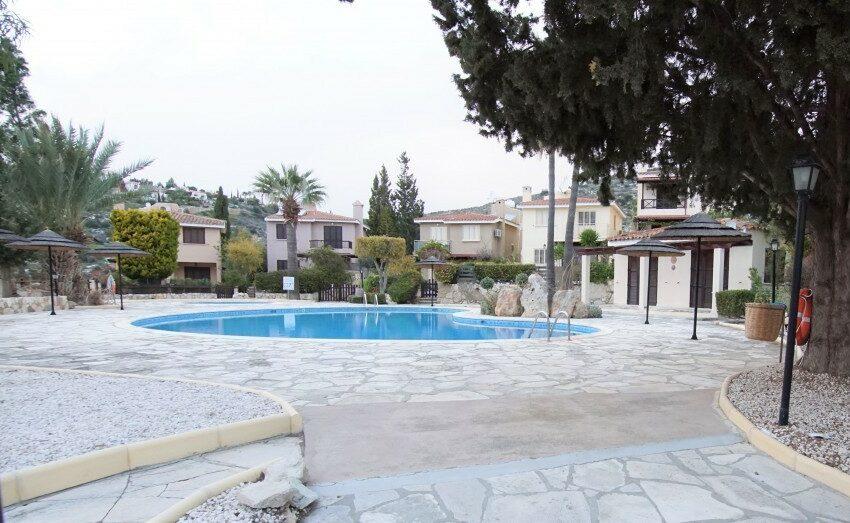 3 bedroom villa for rent long term Kamares village Paphos_12