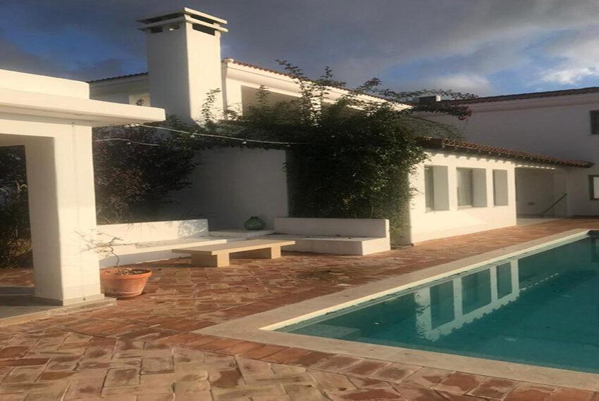 Spacious 6 bed villa for rent long term Mesogi Paphos_2
