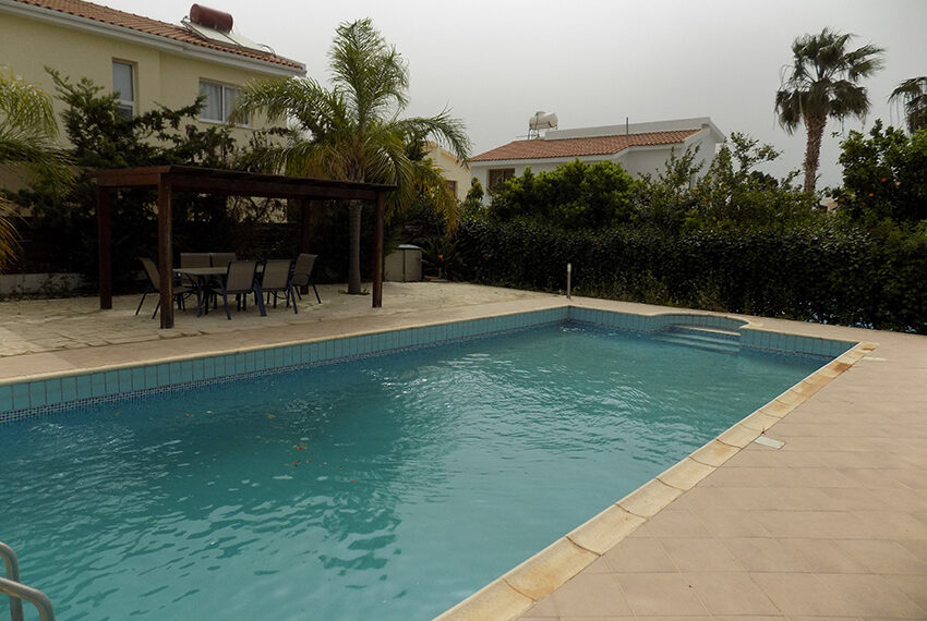 Villa for rent with private pool Coral Bay Paphos_3