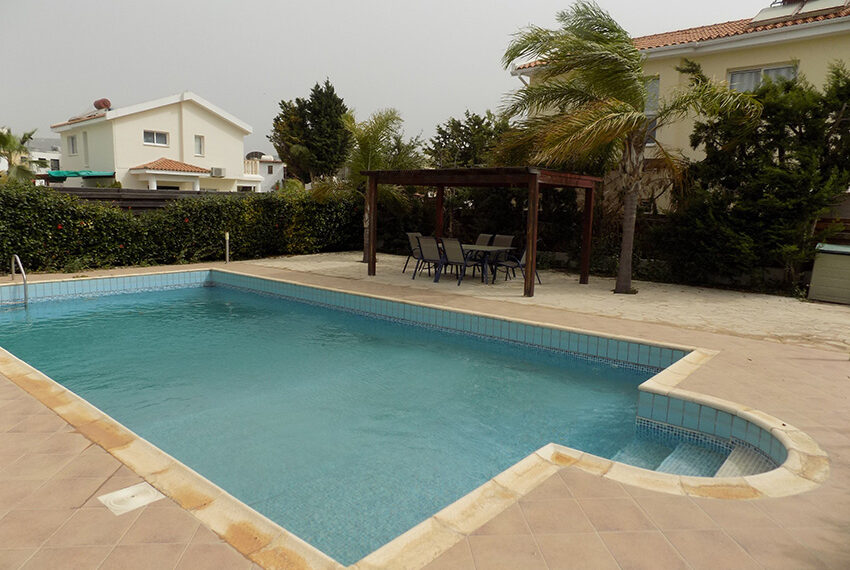 Villa for rent with private pool Coral Bay Paphos_4
