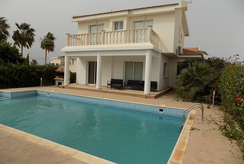 Villa for rent with private pool Coral Bay Paphos_6