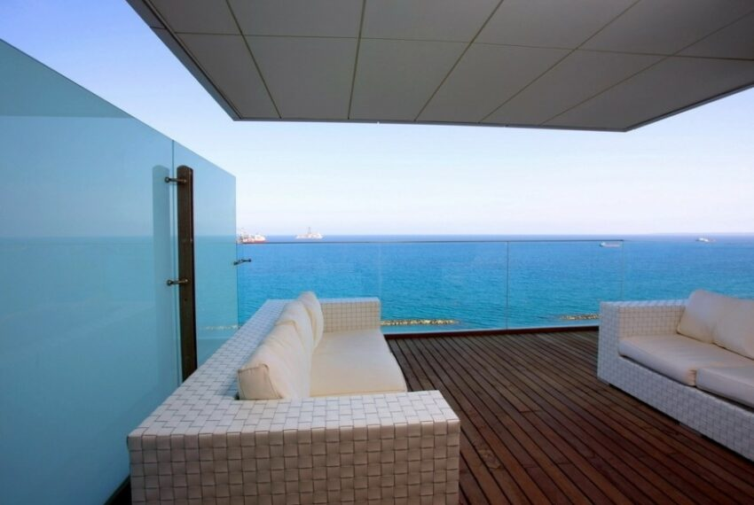 Modern beach front apartment for rent in Limassol_7