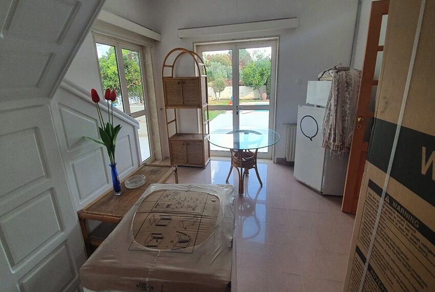 5 bedroom villa for rent close to Chloraka beach front_00011