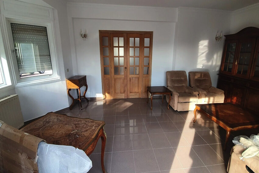 5 bedroom villa for rent close to Chloraka beach front_00022