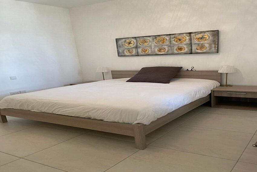 Lighthouse beach Paphos apartment for rent long term_00005