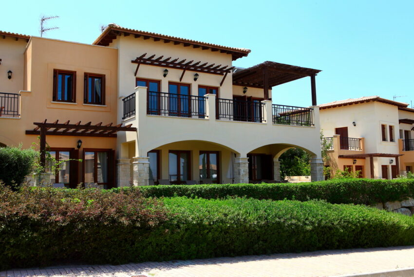 Aphrodite hills rentals 2 bed apartment with communal pool_1
