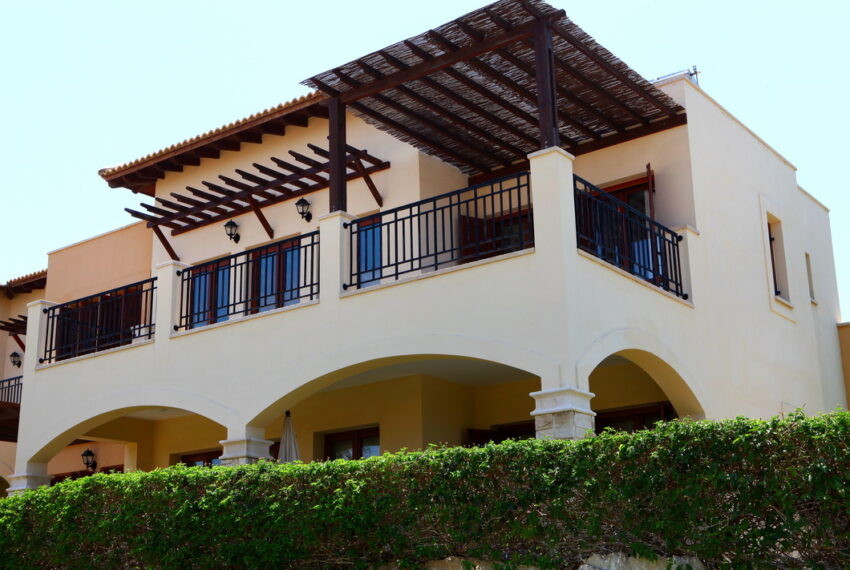 Aphrodite hills rentals 2 bed apartment with communal pool_2