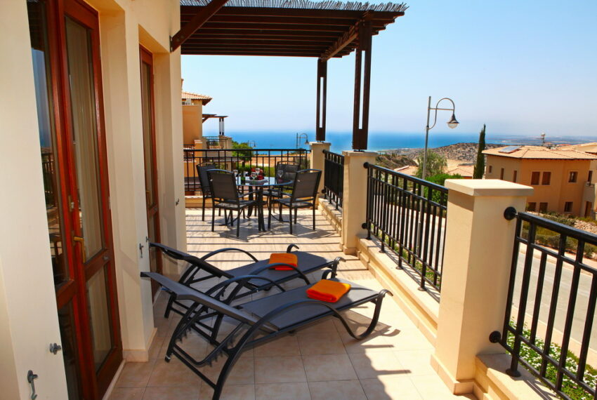 Aphrodite hills rentals 2 bed apartment with communal pool_3