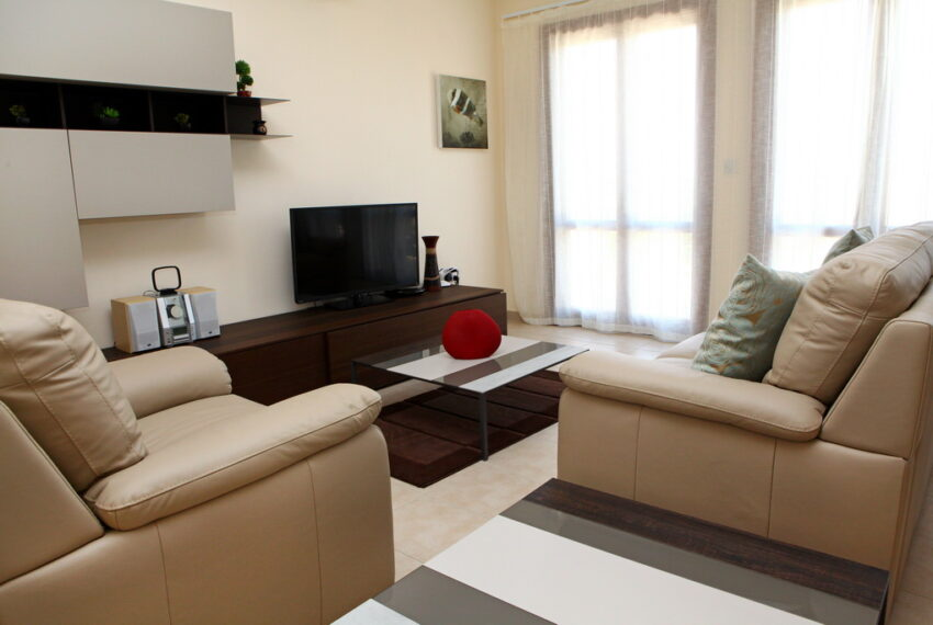 Aphrodite hills rentals 2 bed apartment with communal pool_5