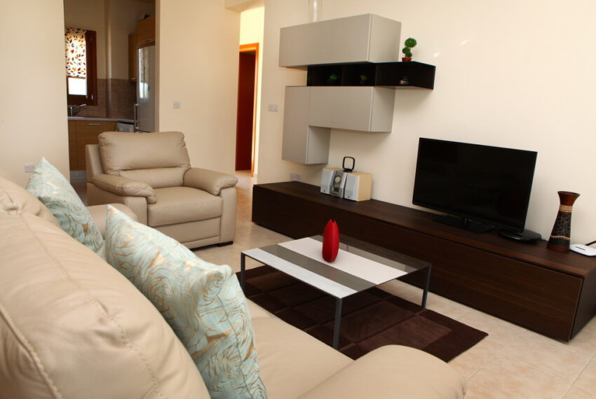 Aphrodite hills rentals 2 bed apartment with communal pool_7