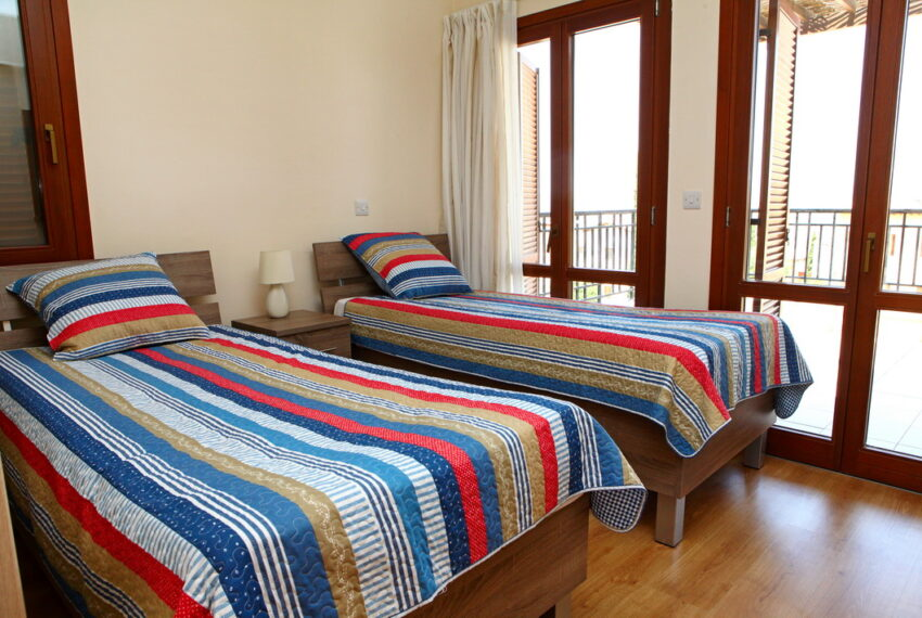 Aphrodite hills rentals 2 bed apartment with communal pool_12