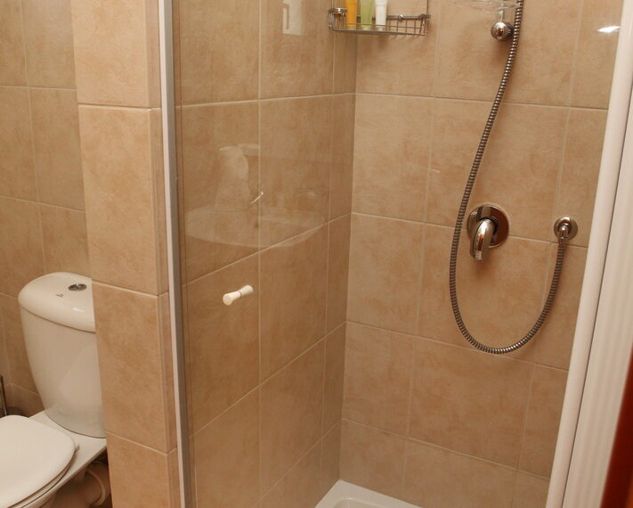 Aphrodite hills rentals 2 bed apartment with communal pool_13
