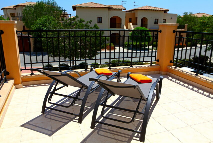 Aphrodite hills rentals 2 bed apartment with communal pool_14