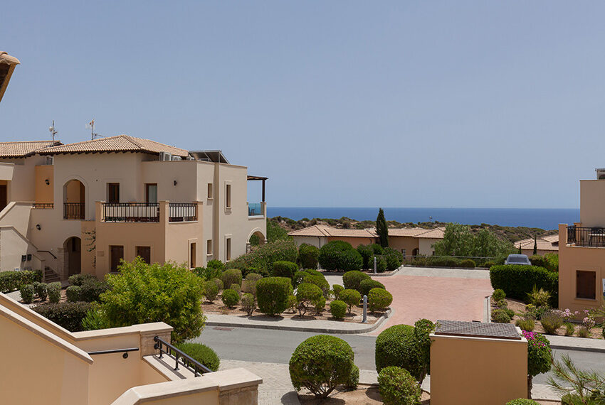 Aphrodite hills resort 2 bed apartment with communal pool_3