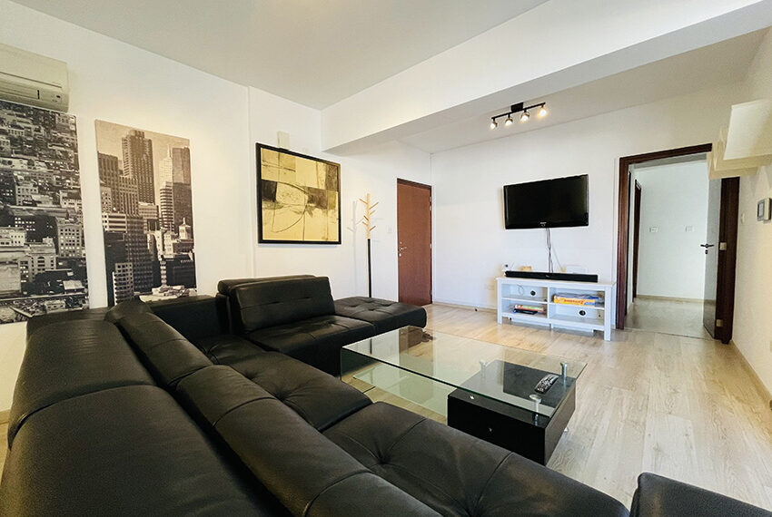 Spacious 3 bedroom penthouse for sale in Limassol_3