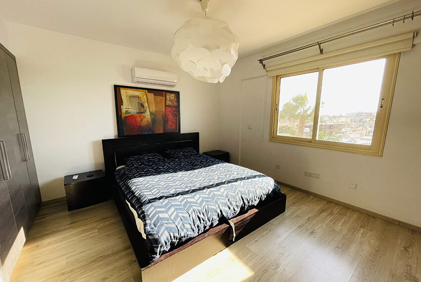 Spacious 3 bedroom penthouse for sale in Limassol_6
