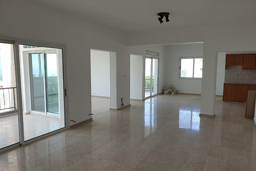 3 bedroom house for rent in Emba village Paphos_2