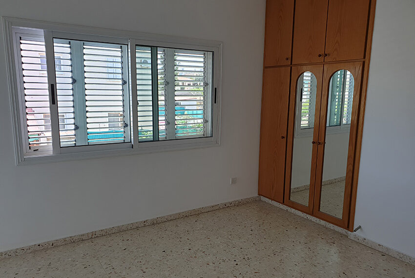 3 bedroom house for rent in Emba village Paphos_9