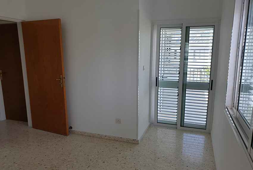 3 bedroom house for rent in Emba village Paphos_10
