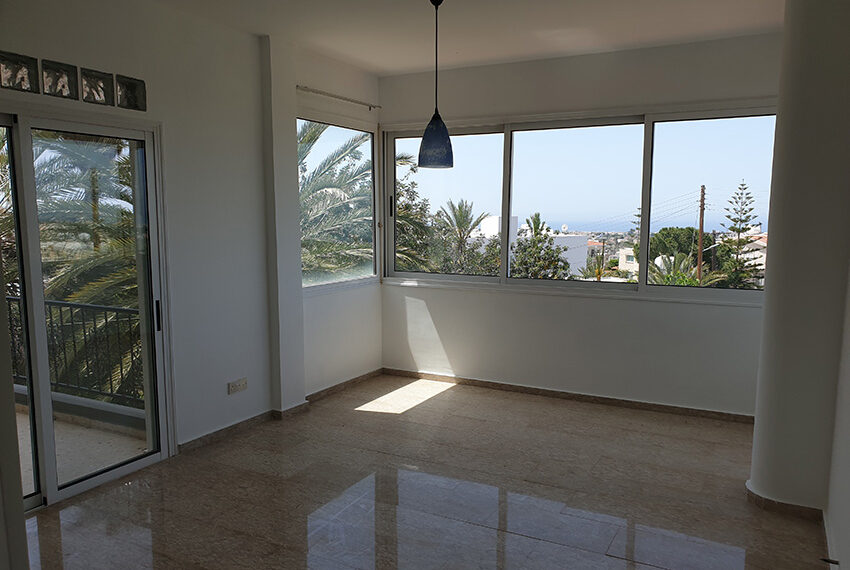 3 bedroom house for rent in Emba village Paphos_13