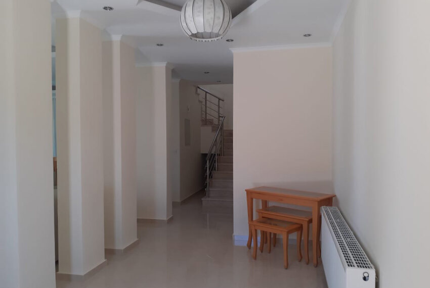 Modern 4 bedroom villa for rent with private pool Peyia_2