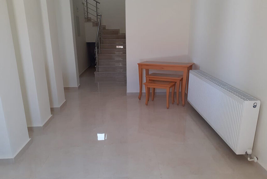 Modern 4 bedroom villa for rent with private pool Peyia_21