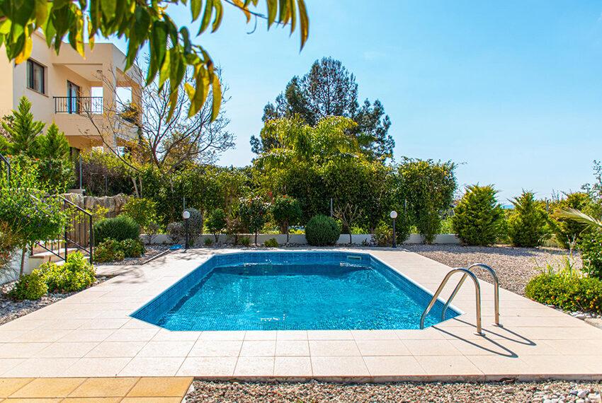 Recently renovated villa for sale Venus Rock Golf Resort Cyprus_7