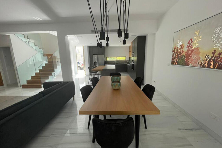 Modern 4 bedroom villa for rent in Kato Paphos_5