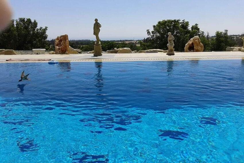 7 bedroom villa for rent long term in Kouklia Paphos_2