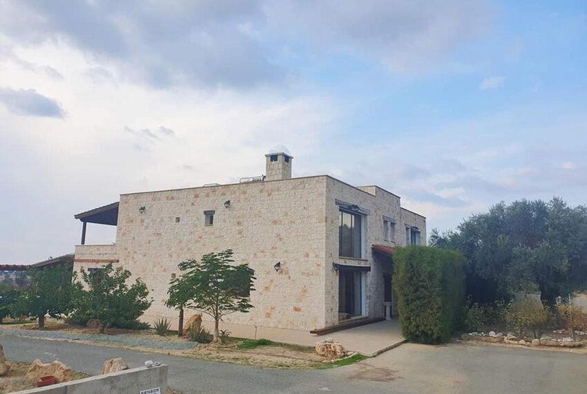 7 bedroom villa for rent long term in Kouklia Paphos_5