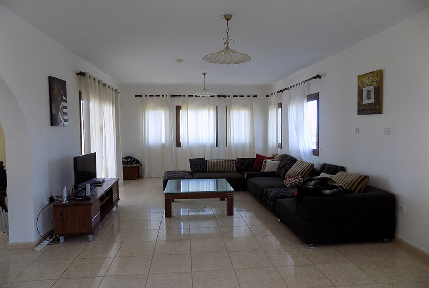 4 bed villa for rent with private pool & sea views Akamas - St. Geroge_16