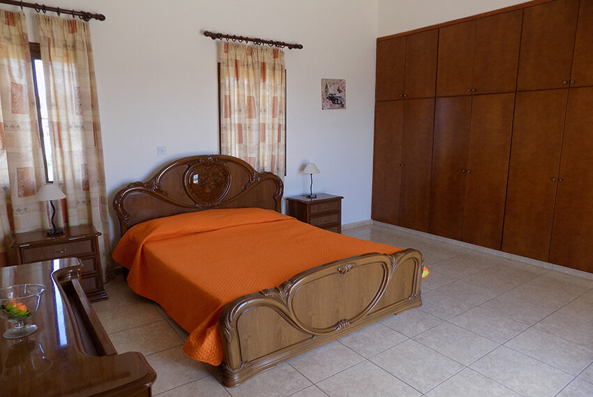 4 bed villa for rent with private pool & sea views Akamas - St. Geroge_34