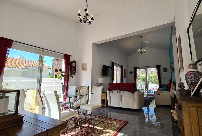 3 bedroom bungalow for sale Akoursos Paphos district_2