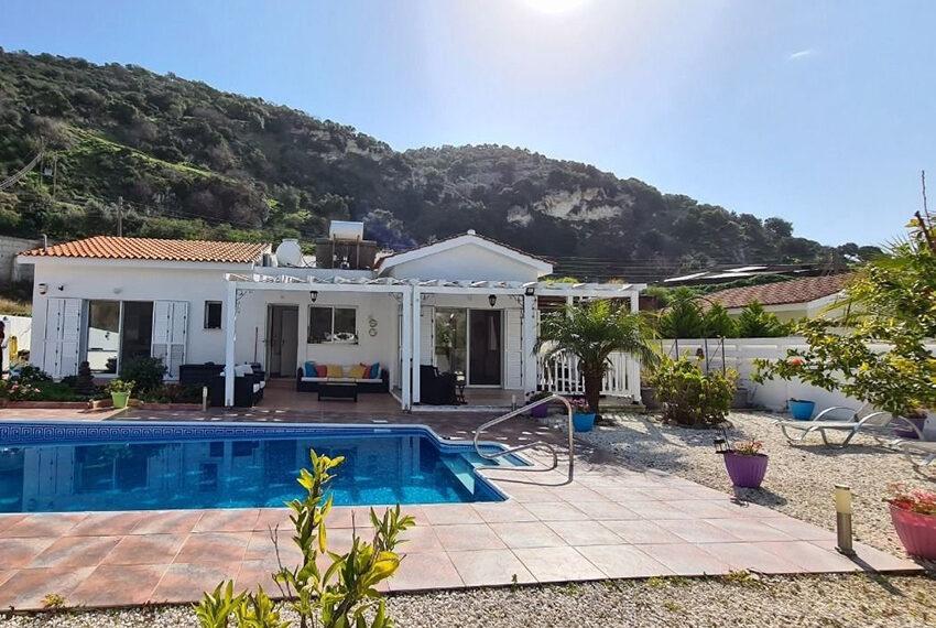 3 bedroom bungalow for sale Akoursos Paphos district_8