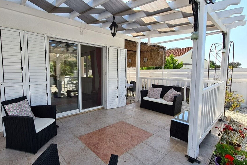 3 bedroom bungalow for sale Akoursos Paphos district_10