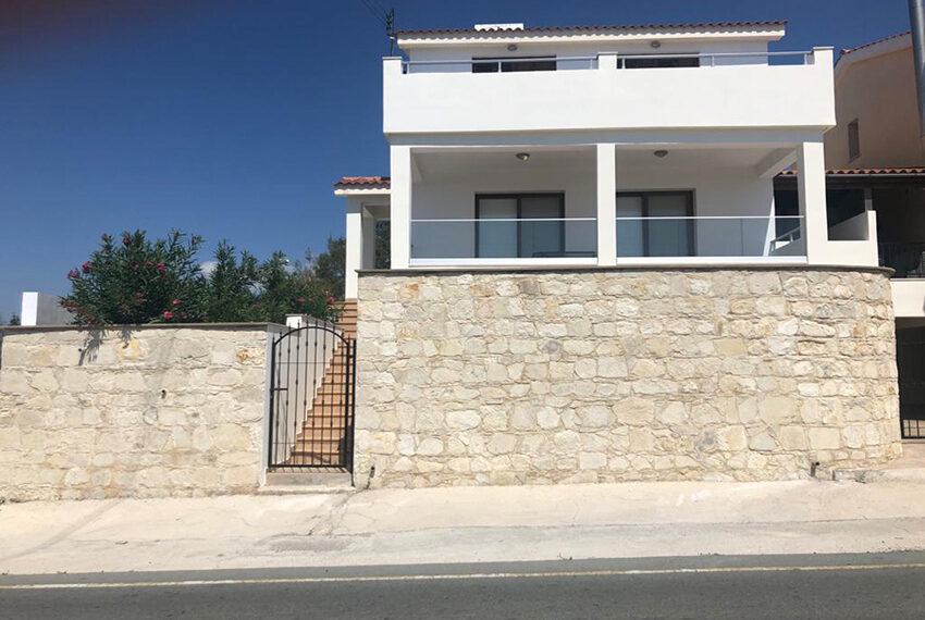 House for rent with central heating in Tsada village_12