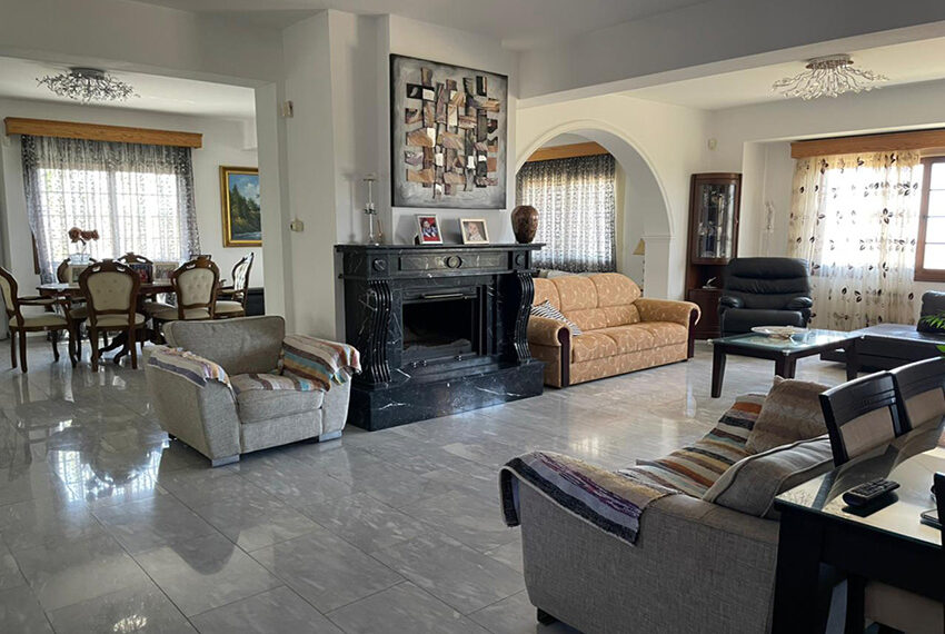 Luxury 6 bed house for rent with private pool & sea views Emba_2