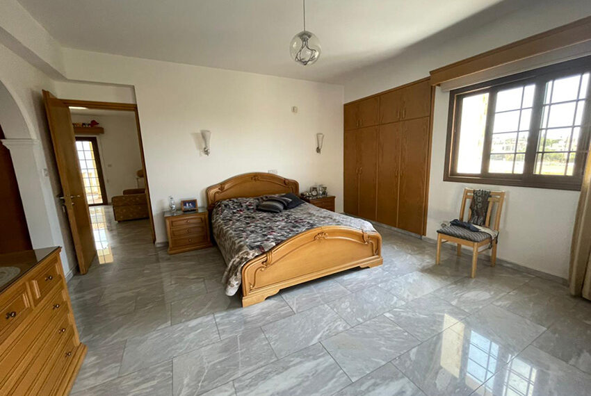 Luxury 6 bed house for rent with private pool & sea views Emba_6