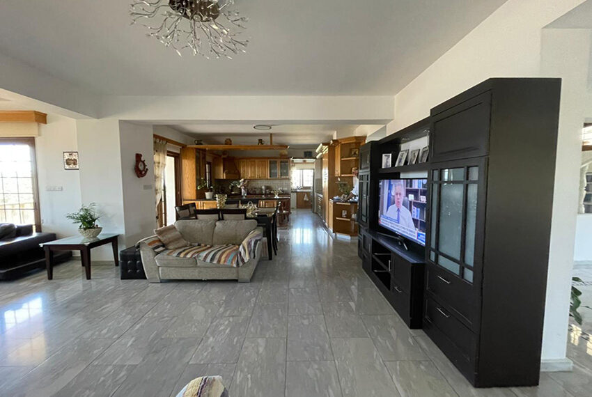 Luxury 6 bed house for rent with private pool & sea views Emba_10